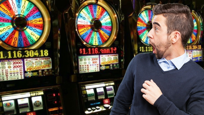 4 Craziest Facts About the History of Slot Machines