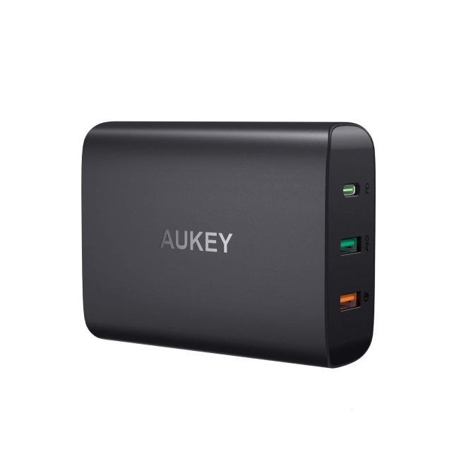 AUKEY-74.5W-3-Port-Wall-Charger-with-46W-Power-Delivery