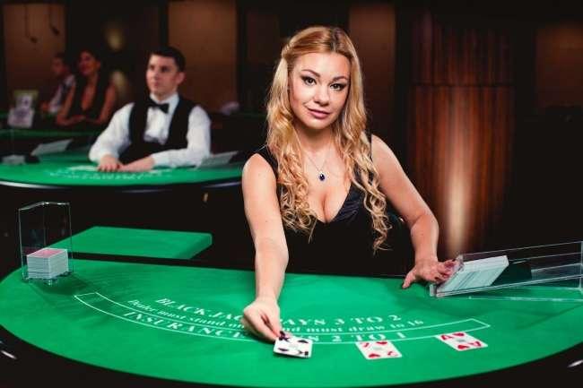 Live Casino Games Aristocrat